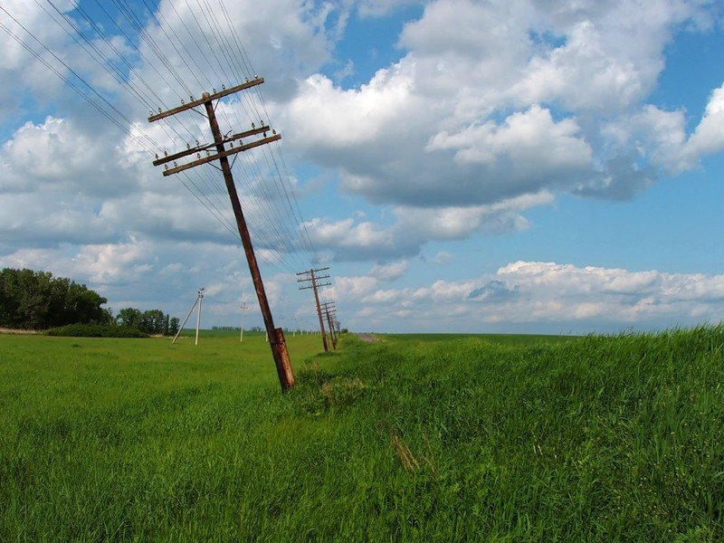 Старая линия электропередач
